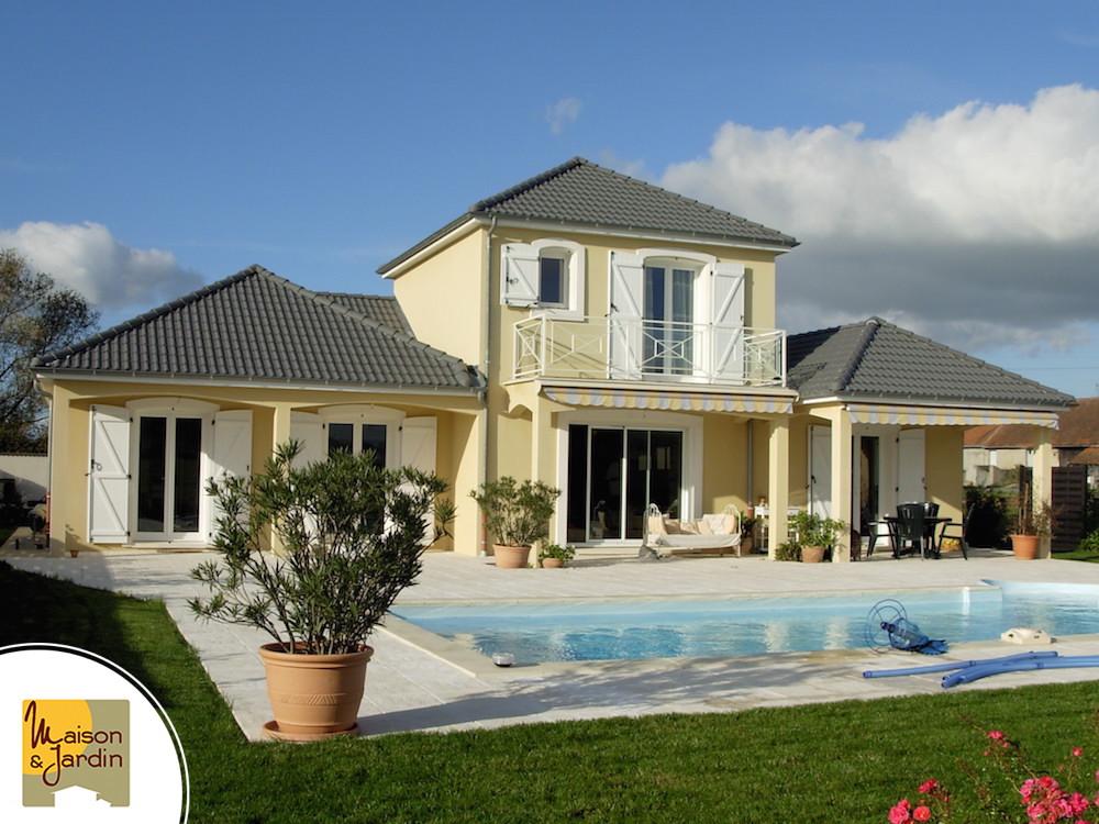 maison avec piscine en allier