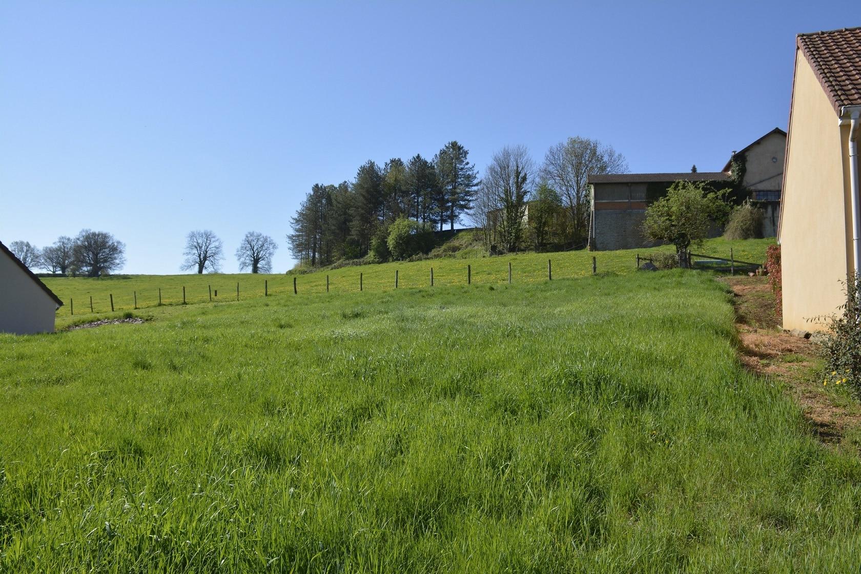 Terrain de 1000 m charolles 71 for Bourgogne batir